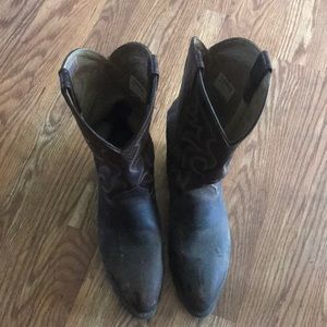 Men's ARIAT size 11 leather boots